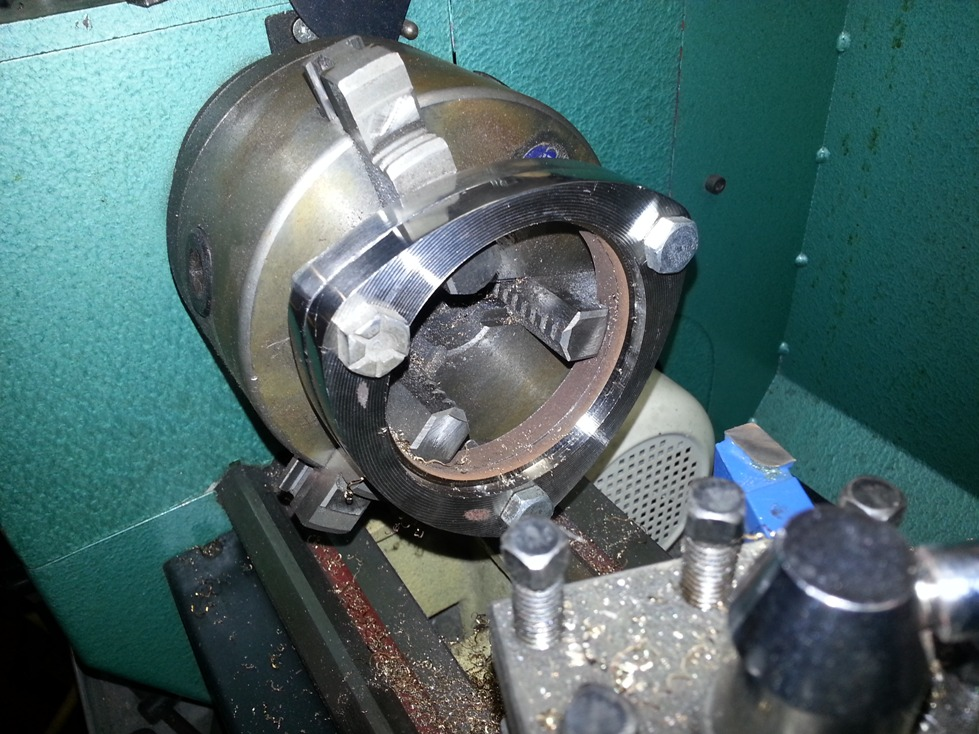 flange in the lathe